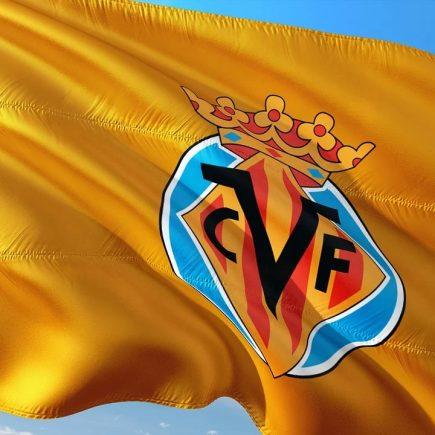Calcio finale Europa League 2020-2021, il Villarreal alza il trofeo
