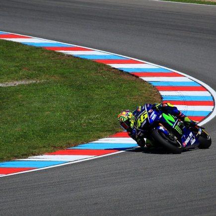 News MotoGP, il futuro di Valentino Rossi si potrebbe decidere a breve